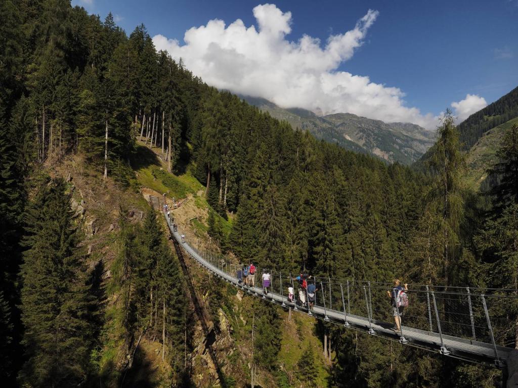 astro trekking_val_di_sole_chalet_alpenrose