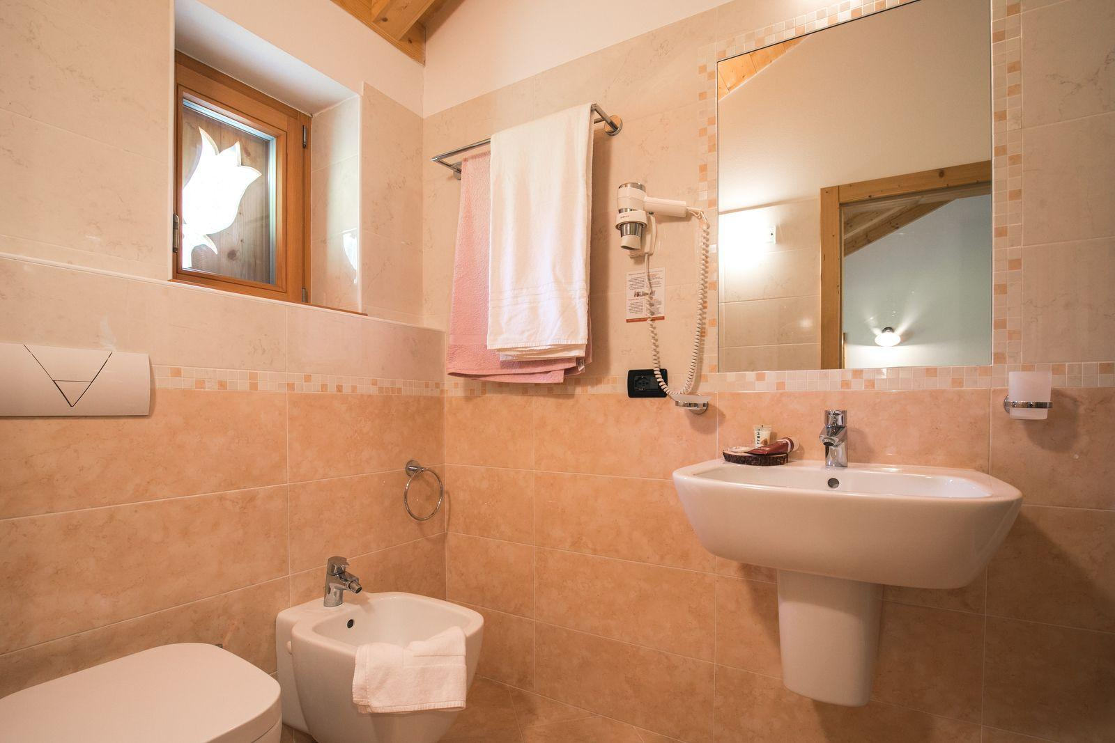 hotel in val di sole, Chalet Alpenrose